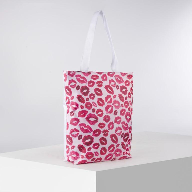 Купить сумку текстильную Kiss на молнии с подкладом белый 29 x 10 x 39 см