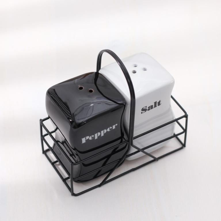 Купить набор для специй Черное и белое 2 предмета солонка перечница 11 х 6 х 10 см