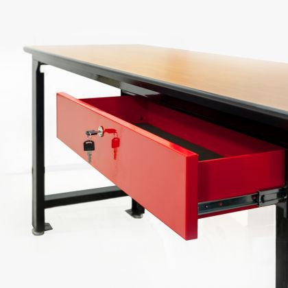 Металлический выдвижной ящик с замком