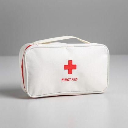 Косметичка дорожная «Первая помощь», белый, 24 х 12 х 6 см