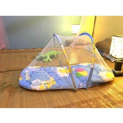 Кроватка для малышей переносная с москитной сеткой, голубая