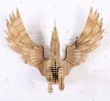Настенный декор Летящий Пегас, светлое дерево
